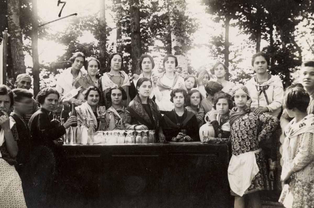 Una de las fotos antiguas de la Feria de Albacete que exhibe la Junta de Castilla-La Mancha