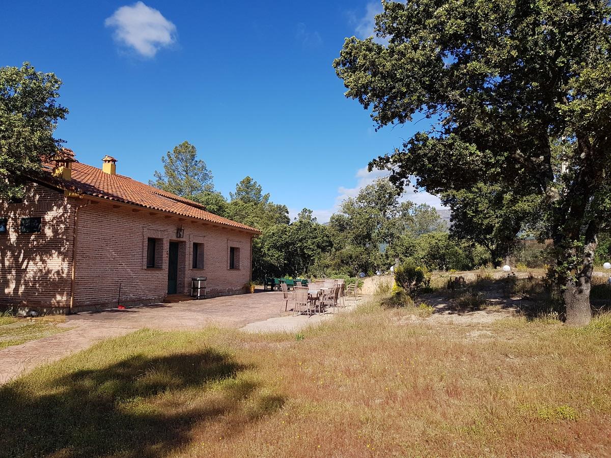A subasta el hotel rural El Tejarejo, a un euro el precio de salida
