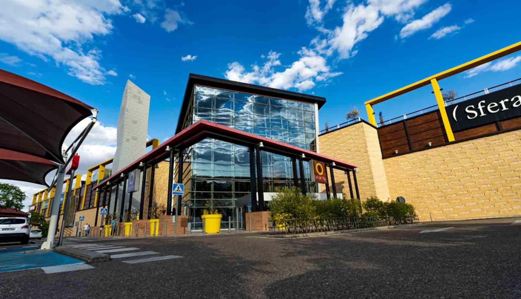Centro Comercial Luz del Tajo, en Toledo, que suma cinco nuevas aperturas a su variada oferta comercial.